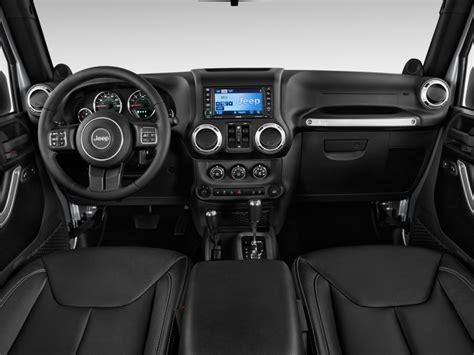 jeep wrangler dashboard image 2014 jeep wrangler unlimited 4wd 4 door sahara