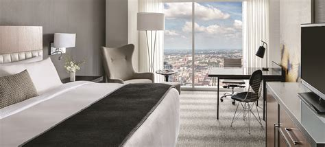hotels in chicago with in room room hotel rooms in chicago cool home design beautiful in hotel rooms in chicago architecture