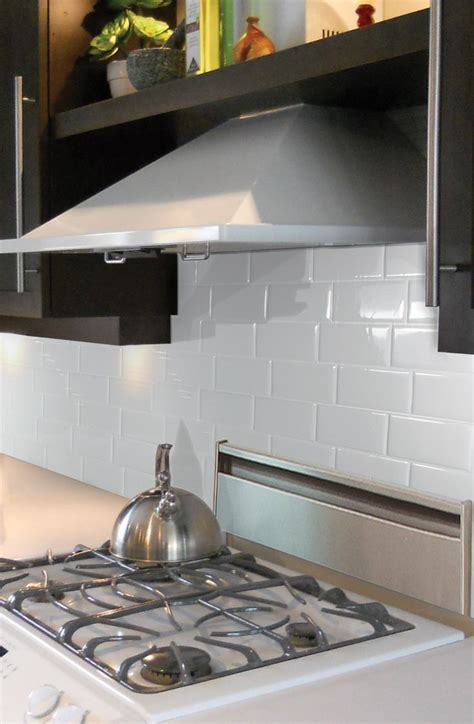 peel and stick backsplashes for kitchens 25 best ideas about smart tiles on easy