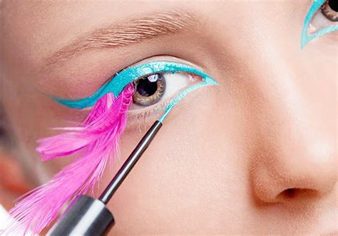 Summer 06 Makeup Trend Eyeliner by Summer Trend 2014 Bright Eyeliner See Pics