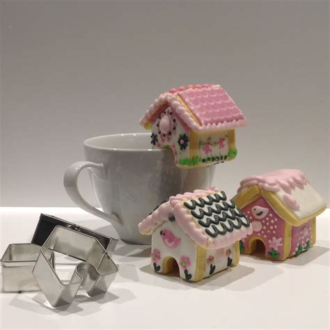 gingerbread house mini cookie teacup cutter set with bonus