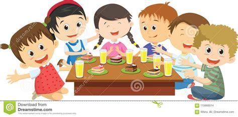 Clipart Pranzo by Bambini Felici Mangiano Insieme Cena Sul Tavolo Da