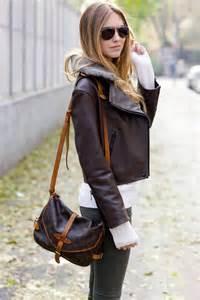 Cowhide Leather Trim Louis Vuitton Monogram Saumur 30 Bag Lvs686 Bags Of