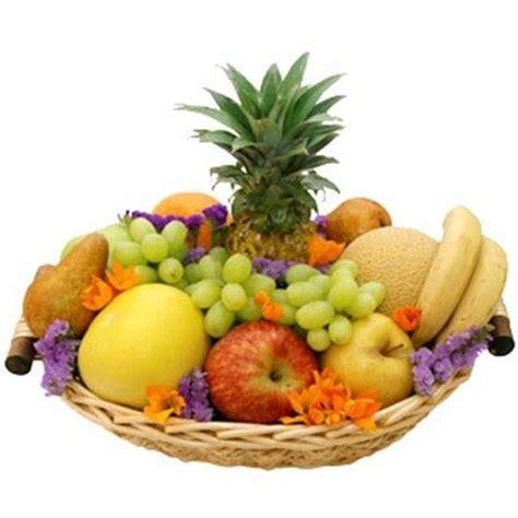 canasta de frutas para regalo como hacer una cesta de frutas para regalo bloghogar com