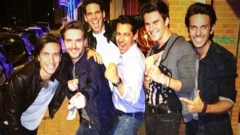 cinco madrileos amigos ntimos dvicio el grupo teen que est cinco madrile 241 os amigos 237 ntimos dvicio el grupo teen que