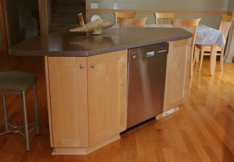 kitchen islands with dishwasher dishwasher in island traditional kitchen other metro by henige s custom woodworking