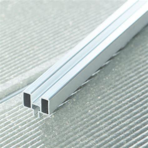 Aluminium Terrasse by Rail En Aluminium Pour Lames De Terrasse Upm Profi Alu