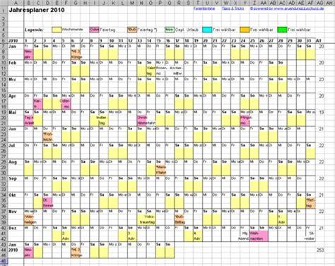 kalender design wettbewerb n 252 tzlich der jahresplaner 2010 f 252 r excel kmu marketing blog