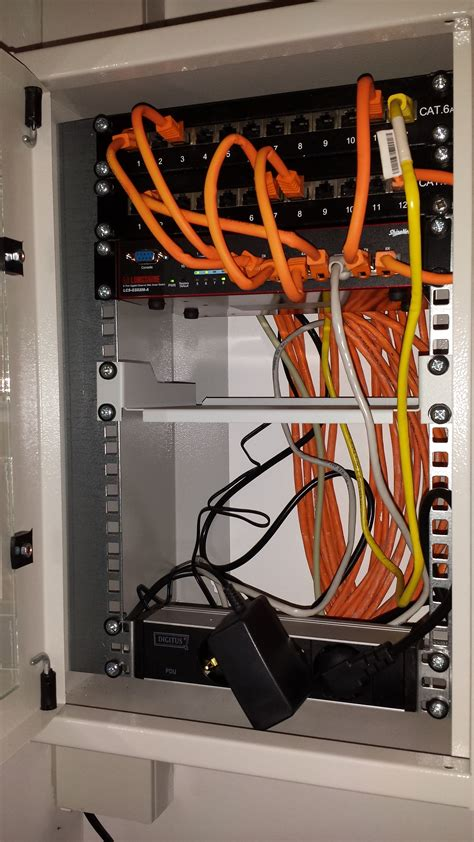 10 zoll schrank 10 zoll netzwerkschrank mein kleines heimnetzwerk