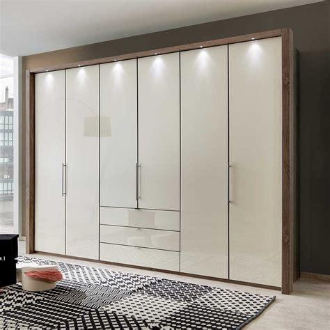 amazing sunmica design    love home ladder