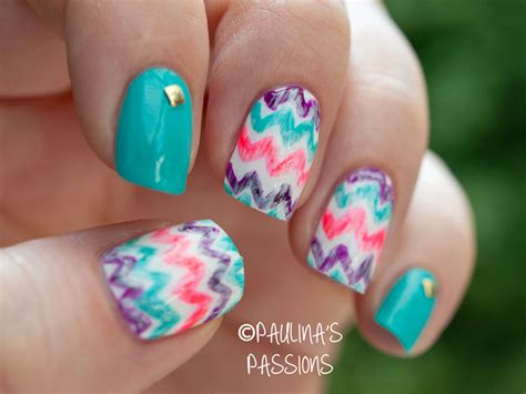 zig zag pattern nails 16 zig zag nail art designs to try this spring