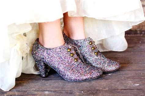 diy sparkly shoes are you kidding glitter shoes mod podge rocks