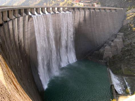 ufficio dighe trento la diga di ridracoli 232 piena e ha cominciato a tracimare