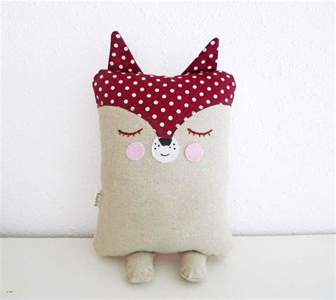 Bantal Fox 17 best ideas about baby pillows on babies