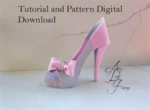 gumpaste high heel template 25 best ideas about fondant shoe tutorial on