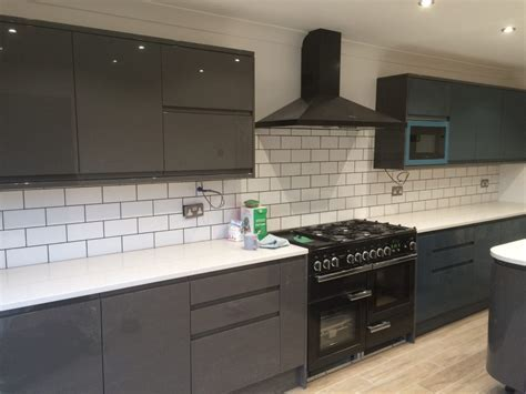 Modern Graphite Gloss Kitchen ? Ingatestone ? A Fresh Lick