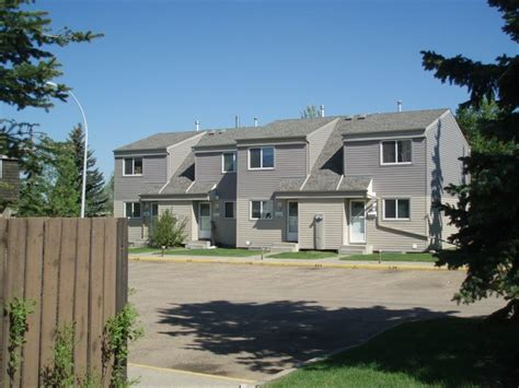 2 bedroom townhome 2 bedrooms edmonton west townhouse for rent ad id myp