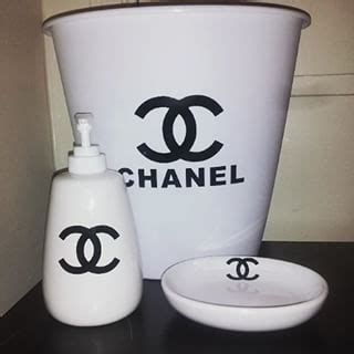 coco chanel bathroom coco chanel bathroom accessories google search dorm