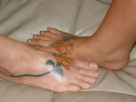 mother daughter rose tattoos 30 impressive tattoos creativefan