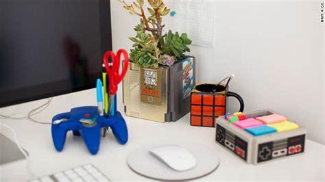Meja Kecil Tempat Tv 10 ide kreatif dekorasi meja kerja kantor simomot