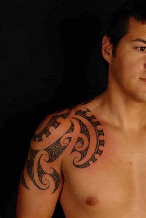tattoo on arm and shoulder shoulder tattoos for men designs on shoulder for guys