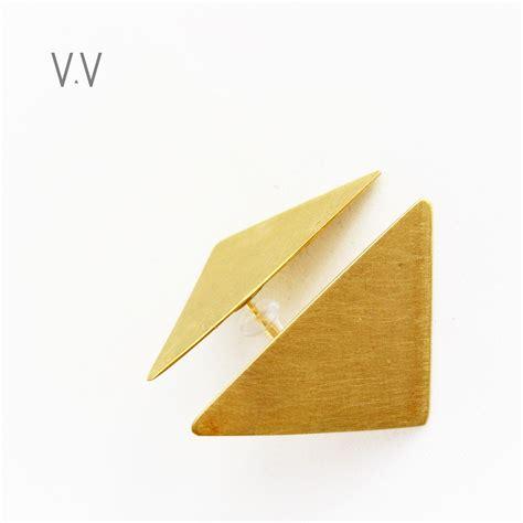 Arrow Earring arrow stud earrings gold triangles venus