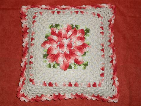 capa de almofada de barbante capa para almofada de croch 234 floral by formiguinhas