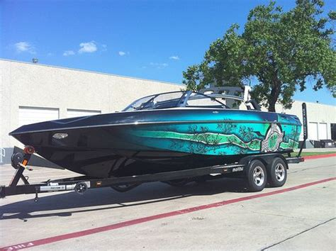 fish and ski boats dfw 25 best ideas about boat wraps on pinterest wakeboard