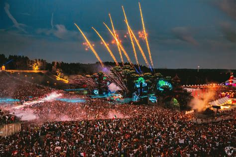 wallpaper iphone 6 tomorrowland tomorrowland 2017 hd wallpapers for iphone and android