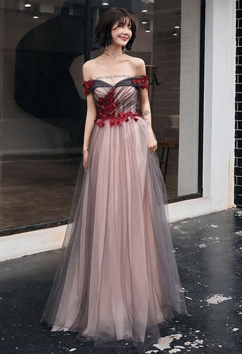 style  shoulder tulle long prom dress