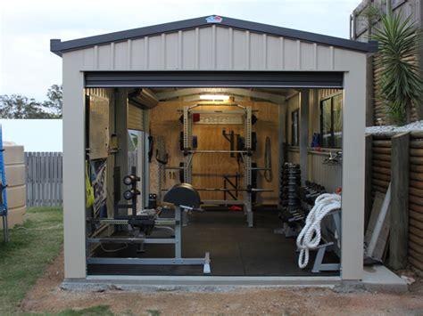 building a backyard gym top 10 awesome weight lifting gyms with photos sports