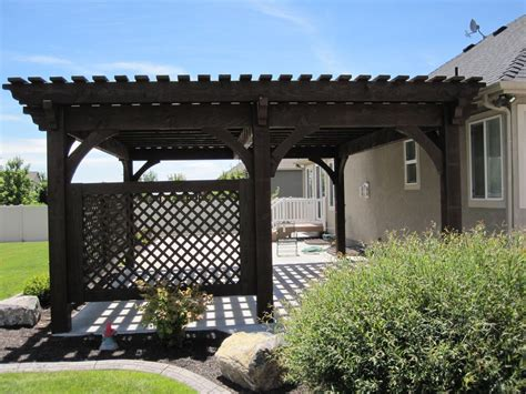 Covered Patio: 5 Post 20' x 20' DIY Pergola Kit w/ Lattice