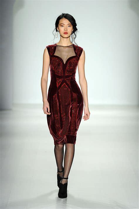 Dress Model the makes the dress tadashi shoji fall 2014 runway