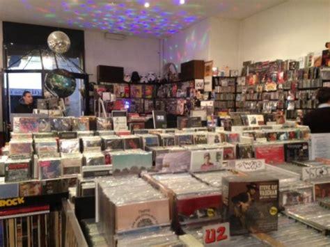dischi volanti verona verona dischi volanti un negozio da ufo