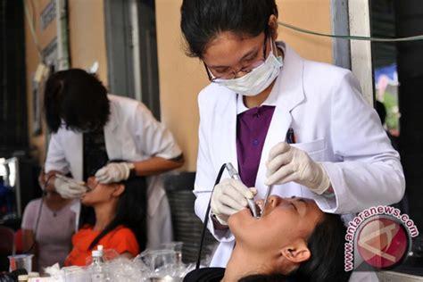 dokter indonesia tilkan bor gigi ditambah musik
