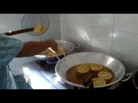 cara membuat es krim goyang tips memasak cara membuat kembang goyang dengan mudah