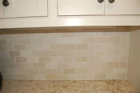 crema marfil tumbled marble backsplash photo this photo like the tile granite combo crema marfil colonial cream