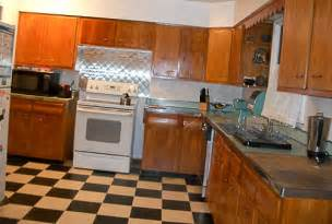 gallery for gt 1950s kitchen cabinets 1950 s kitchen cabinets submited images