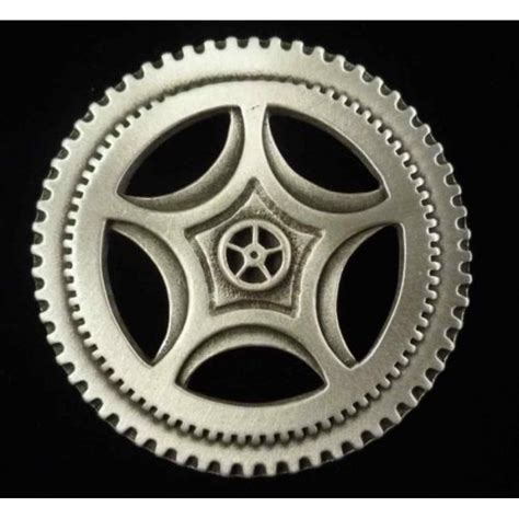 gear for steunk gear pin in pewter has pin back large