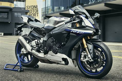 Mz Motorrad Sdn Bhd by 2017 Yamaha Yzf R1m Opens For Online Order In Oct Paul Tan
