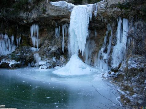 frozen waterfalls frozen waterfall wallpaper 25665 open walls