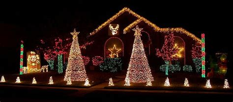 backyard christmas lights 20 awesome christmas decorations for your yard outdoor
