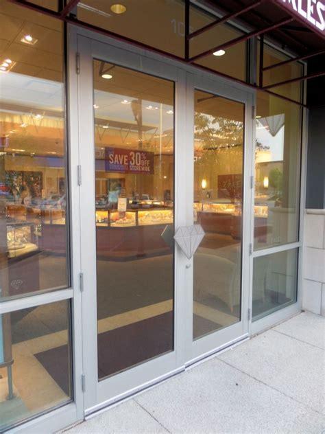 Storefront Doors by I Dig Hardware 187 Wwyd Hanging Aluminum Storefront Doors