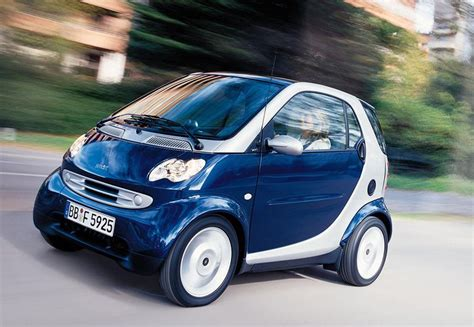 how safe is a smart car are smart cars safe and economical or just small