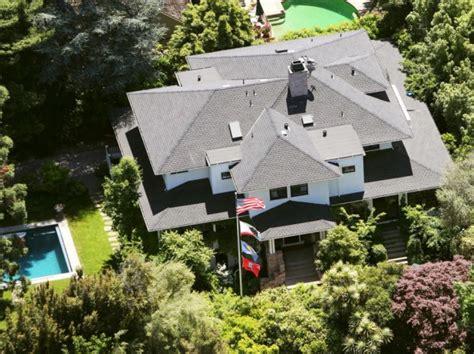 Mark Zuckerberg House Inside, Photos, Pics   SuccessStory