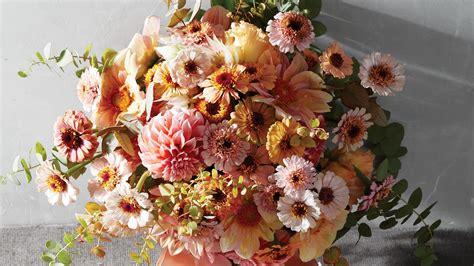 stunning ways   zinnias   wedding martha