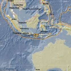 earthquake bali bali hit by earthquake with magnitude of 6 4 shaking homes