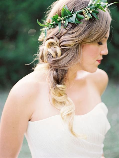Wedding Hair And Makeup Questions To Ask by 10 Questions To Ask Your Hair Makeup Artist Modwedding