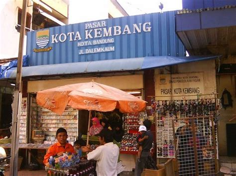 wallpaper alun alun bandung pasar kota kembang photo