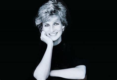 Diana Princess Of Wales Rose Lady D E Le Registrazioni Segrete Su Carlo D Inghilterra